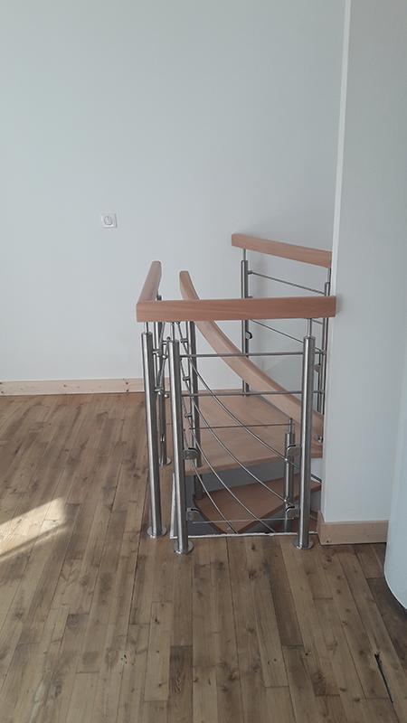 Pose escalier à Rochefort en Charente-Maritime